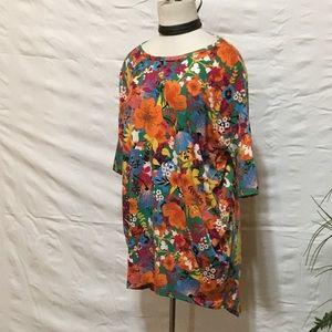 High low floral Tee shirt runs big